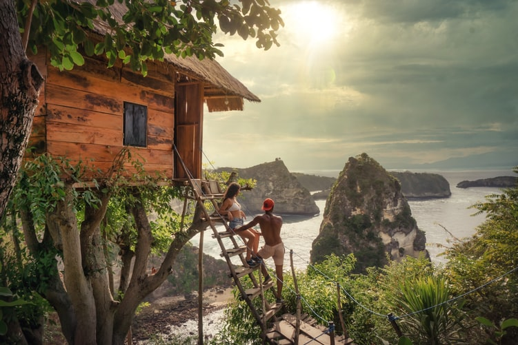 From extremely luxurious hotels too  way more cheaper staying places you can find here in Bali.This places will cost you very less and have a amazing budget trip to bali