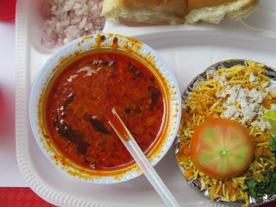 Explore food of Maharashtra.Top dishes of Maharashtra.Food of Maharashtra